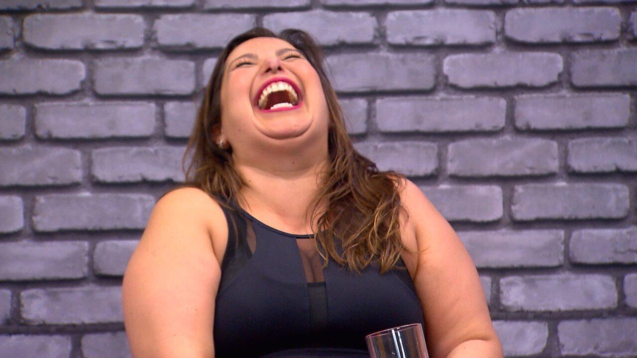 Mariana Xavier esbanjou bom humor durante os ensaios