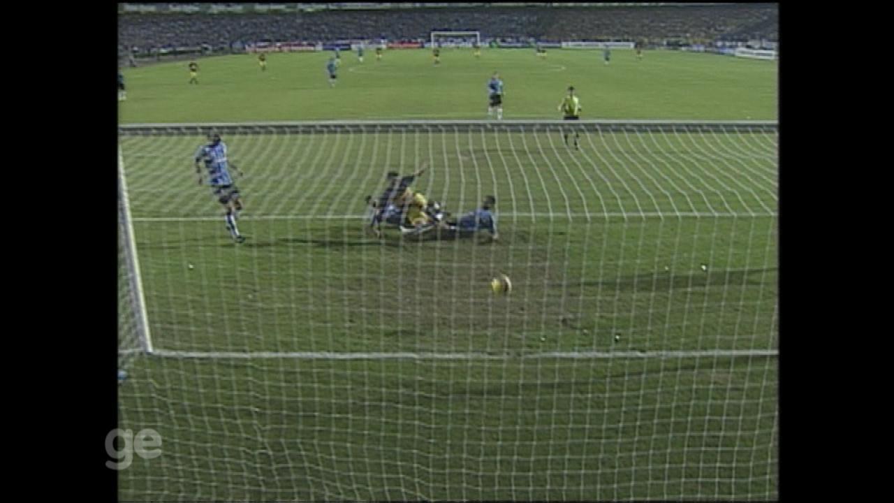 Grêmio é derrotado novamente para o Boca e fica com o vice da Libertadores de 2007