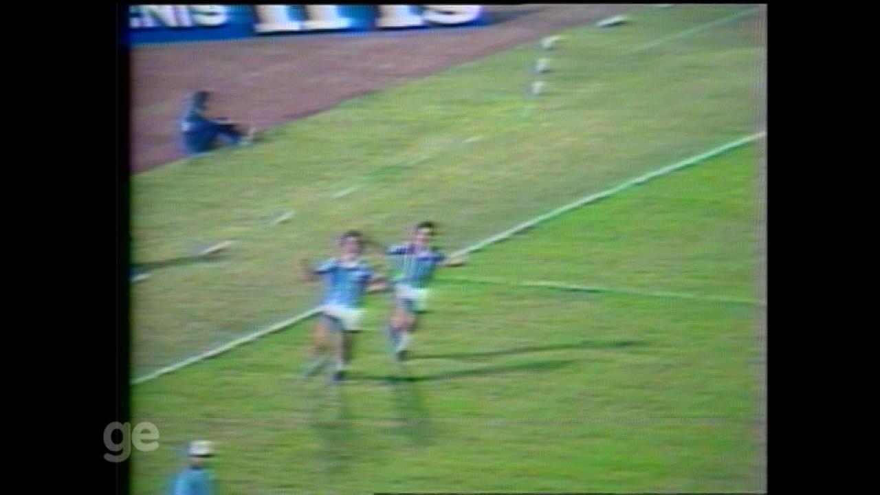 Grêmio empata com o Peñarol no primeiro jogo da final da Libertadores de 1983