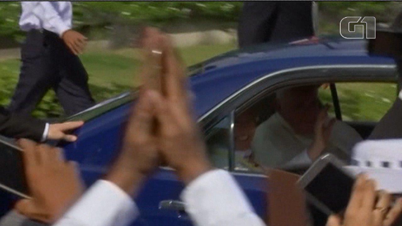 Papa Francisco chega a Mianmar para visita de três dias