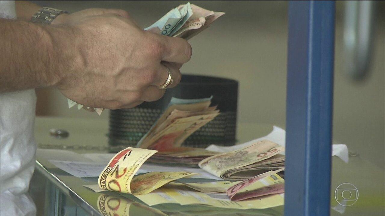 Poupadores poderão reaver dinheiro perdido com planos econômicos