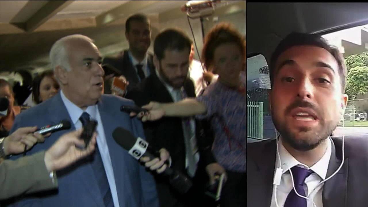 Presidente do PR se entrega à Polícia Federal depois de uma semana foragido