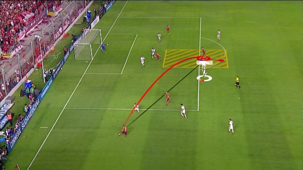 Junior analisa comportamento da defesa do Fla em gols do Independiente