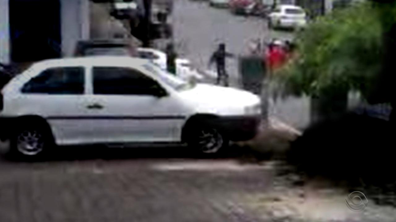 Refém é morto após assaltos a agências bancárias em Arvorezinha