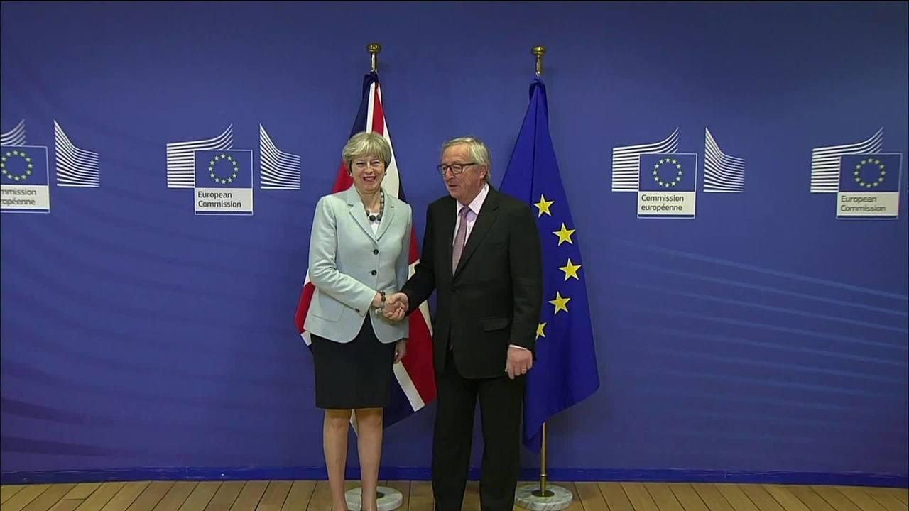 Reino Unido e União Europeia chegam a um acordo preliminar sobre o Brexit