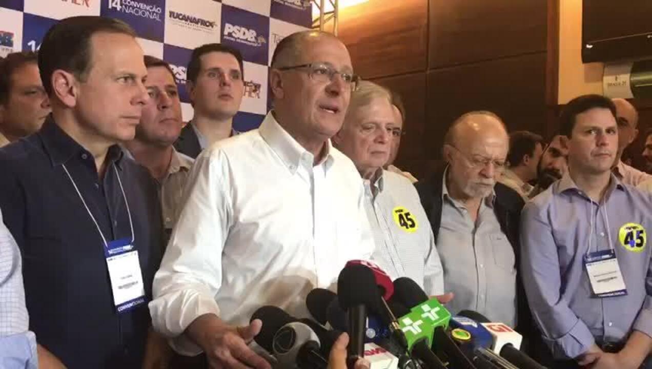 Alckmin diz que não vê nenhum problema em disputar prévias com Arthur Virgilio