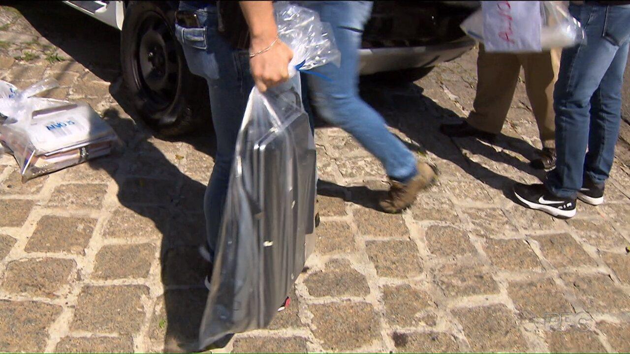 Polícia prende grupo suspeito de vender ilegalmente materiais de estudo para concursos públicos