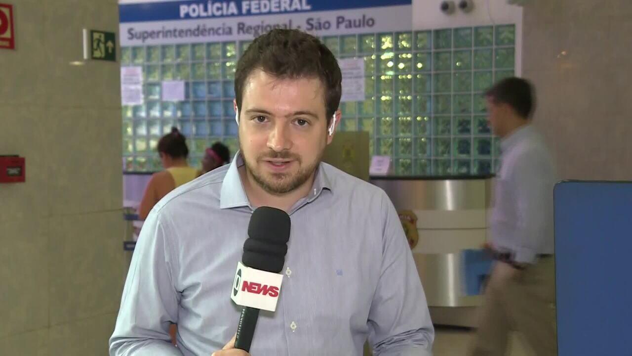 Marqueteira Mônica Moura presta depoimento sede na PF em SP