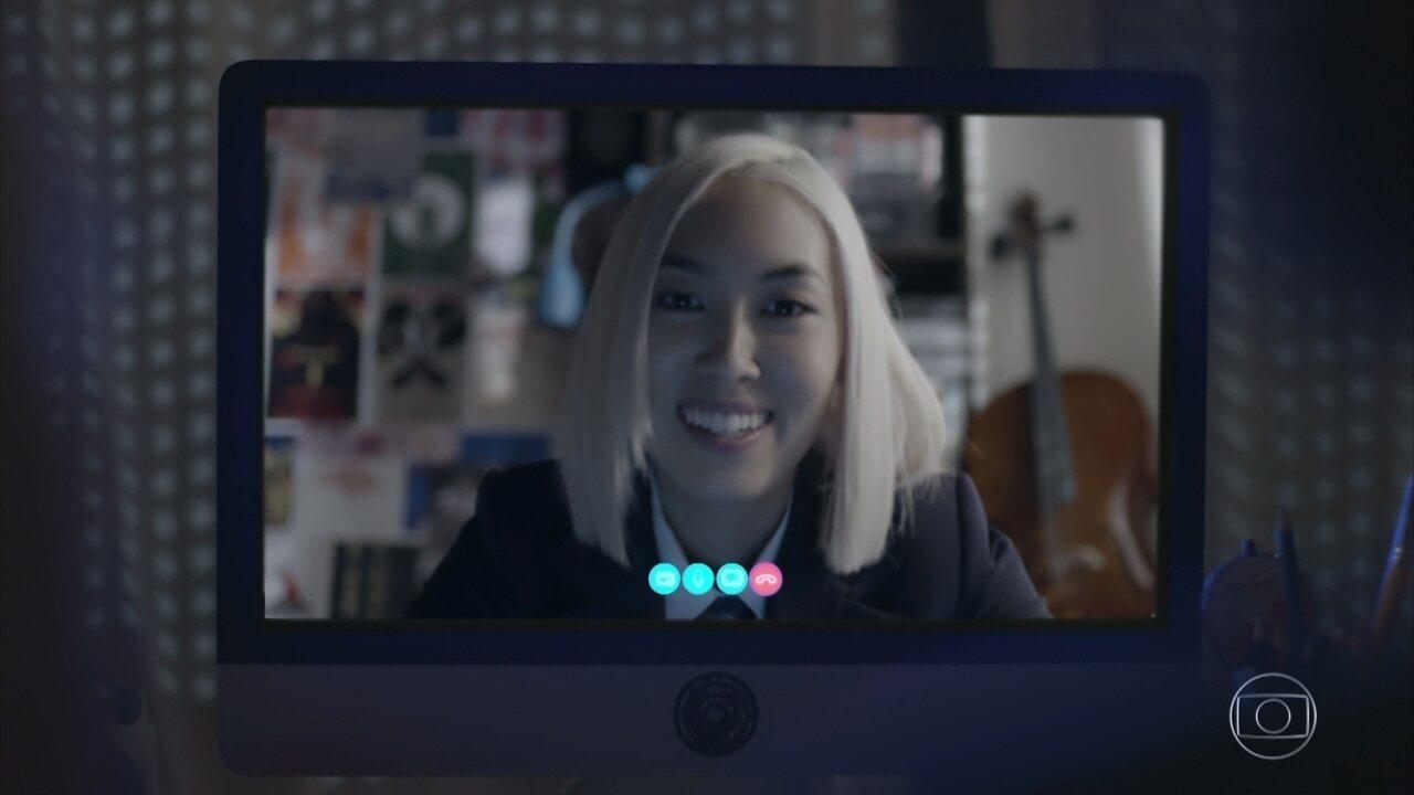 Tina manda clipe musical para Ellen, Benê, Lica e Keyla