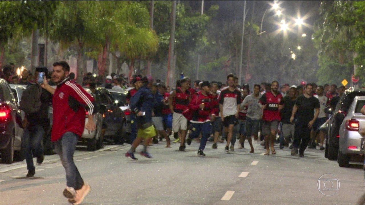 Pelo Twitter, Botafogo provoca o Flamengo após vice da Sul-Americana