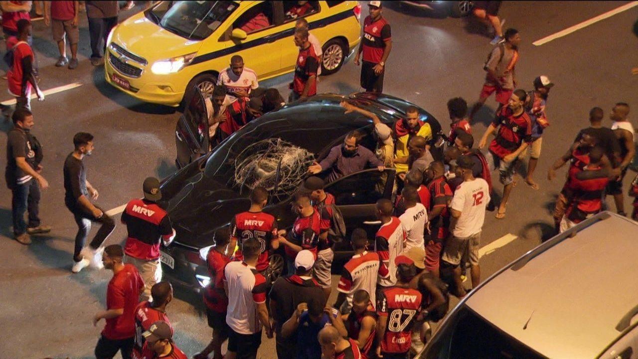 Flamengo x Independiente, violência no Maracanã