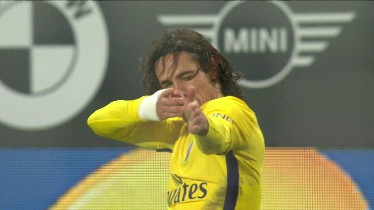 Gol do PSG! Neymar toca e Cavani marca um lindo gol de cobertura aos 29' do 2º tempo