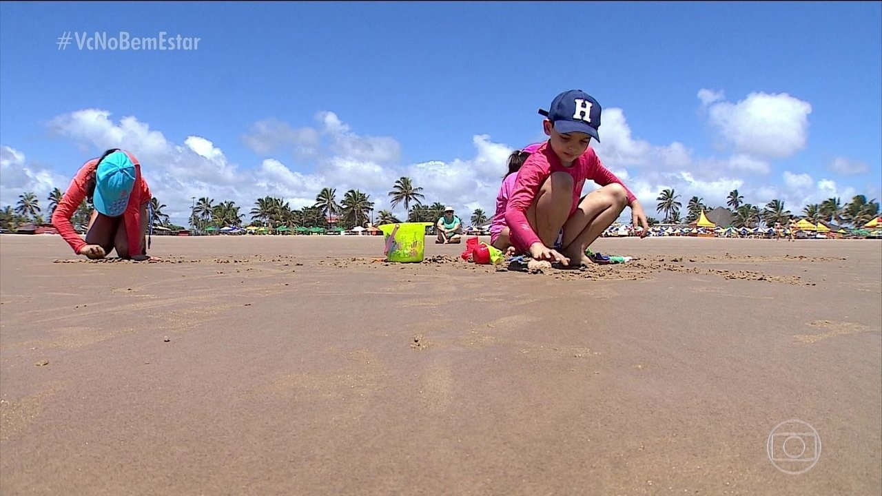 Revista Crescer dá dicas para aproveitar melhor a praia com as crianças