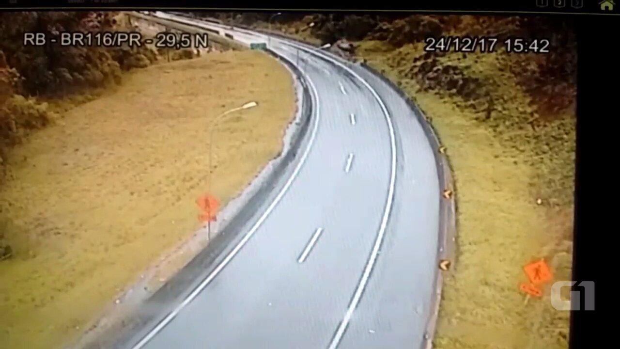 Bebê morre em acidente na BR-116, na Região Metropolitana de Curitiba