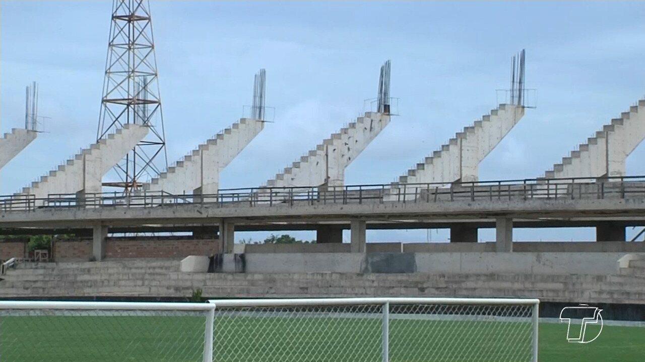 Estádio Colosso do Tapajós passa por vistoria nesta terça-feira, em Santarém