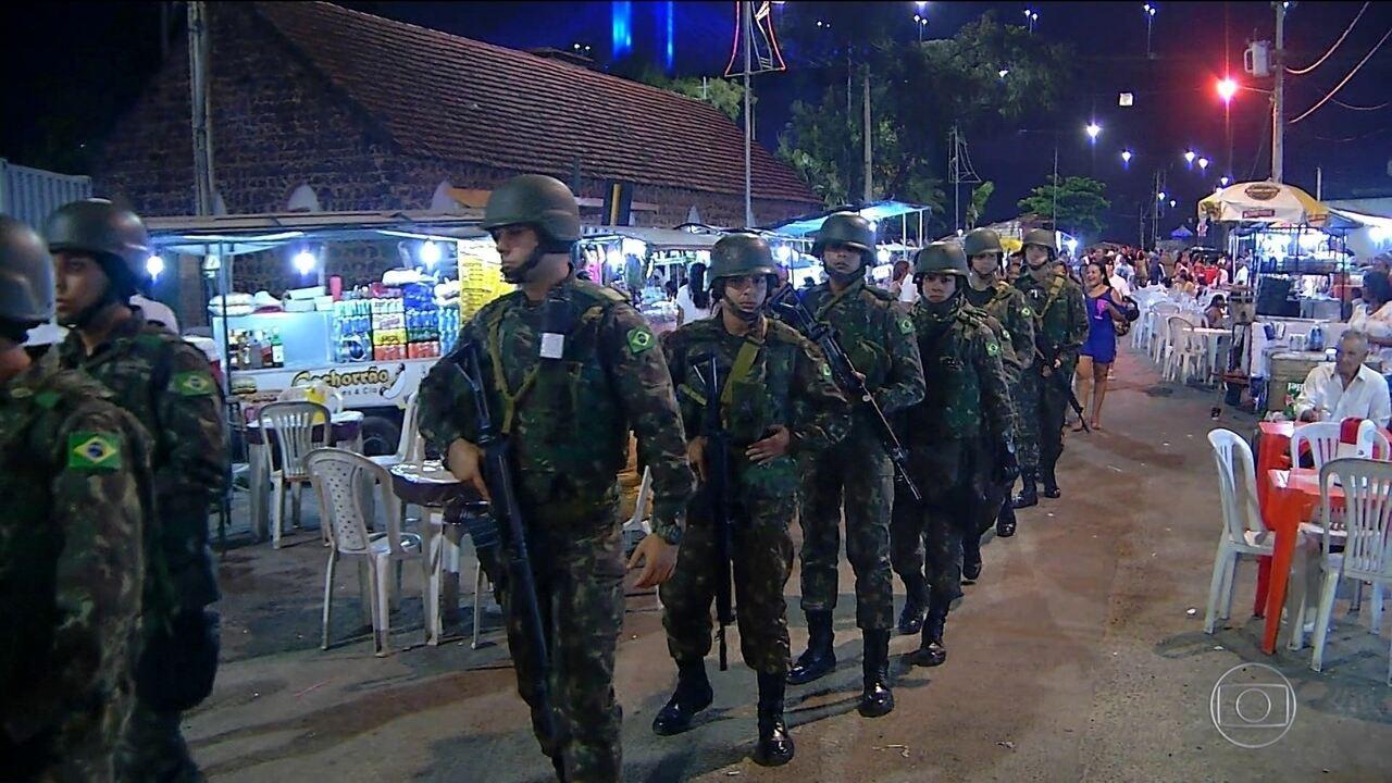 Mesmo com a presença do Exército, réveillon em Natal tem público menor