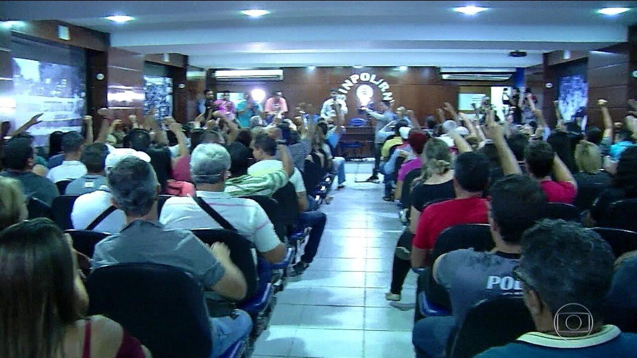 Policiais do RN ignoram ordem da Justiça e mantêm greve