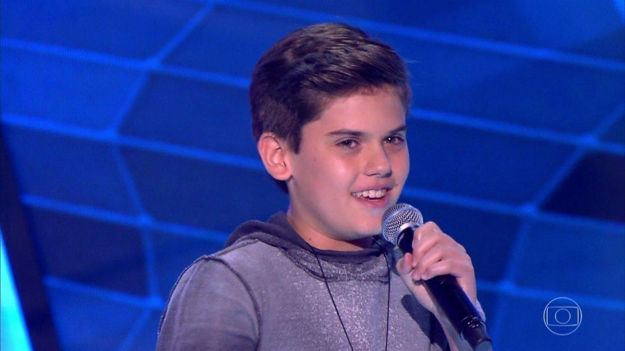 João Henrique canta 'Que Sorte a Nossa'