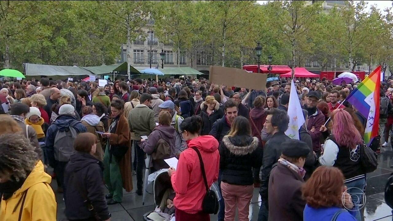 Feministas francesas criticam manifesto