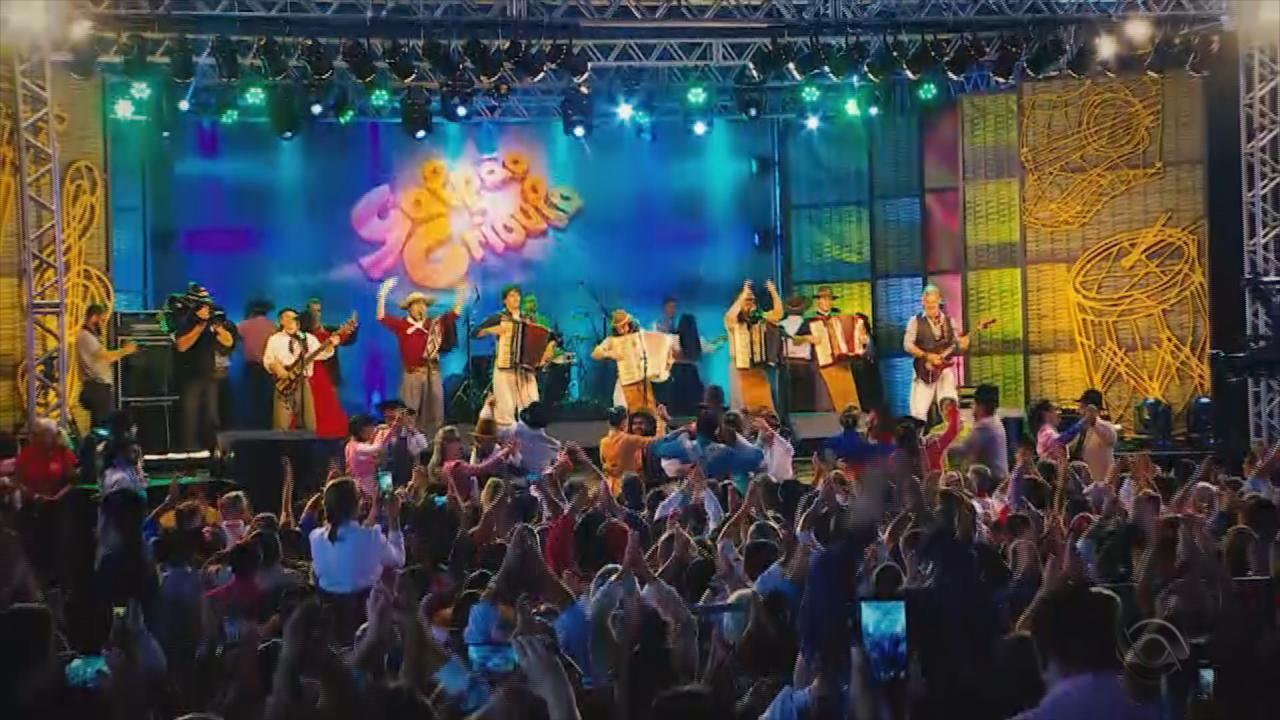 Confira as atrações do Galpão Crioulo deste domingo (14)