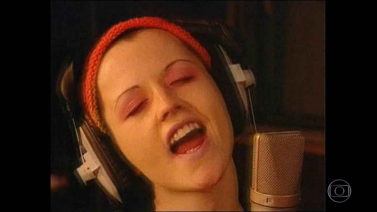 Vocalista do grupo The Cranberries morre aos 46 anos