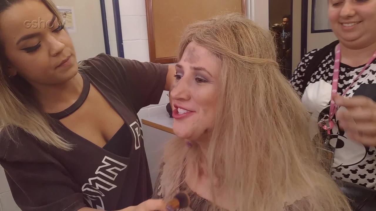 Veja a transformação de Dani Calabresa de Cinderela para Cinderela Cracuda