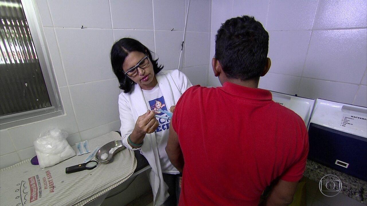 Recife vacina contra febre amarela apenas quem vai viajar para áreas de risco