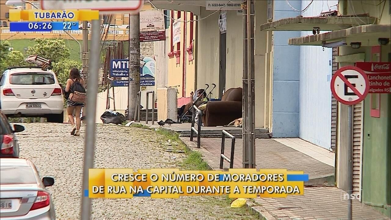 Cresce o número de moradores de rua durante a temporada de verão em Florianópolis