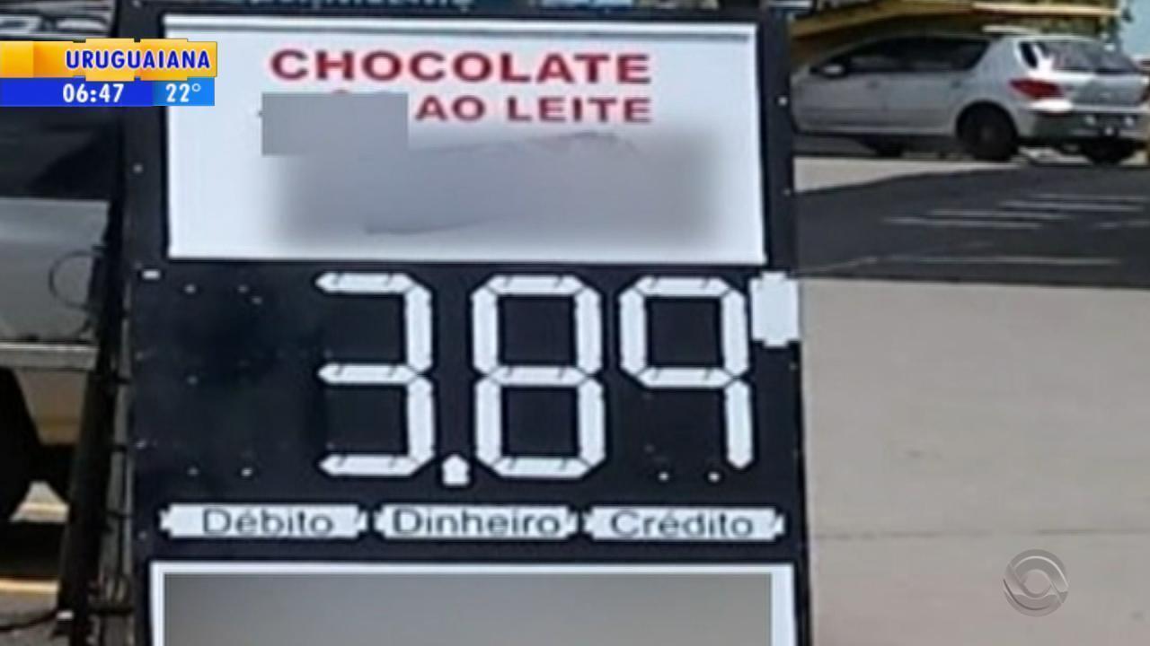 Procon autua postos de combustíveis de Caxias do Sul por propaganda que induz ao erro