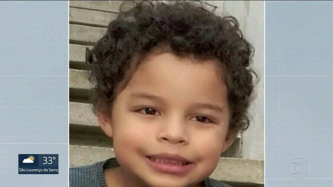 Polícia faz reconstituição da morte do menino Arthur