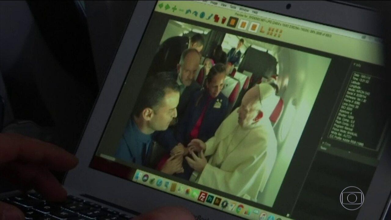 Papa Francisco celebra sua terceira missa e casamento no Chile