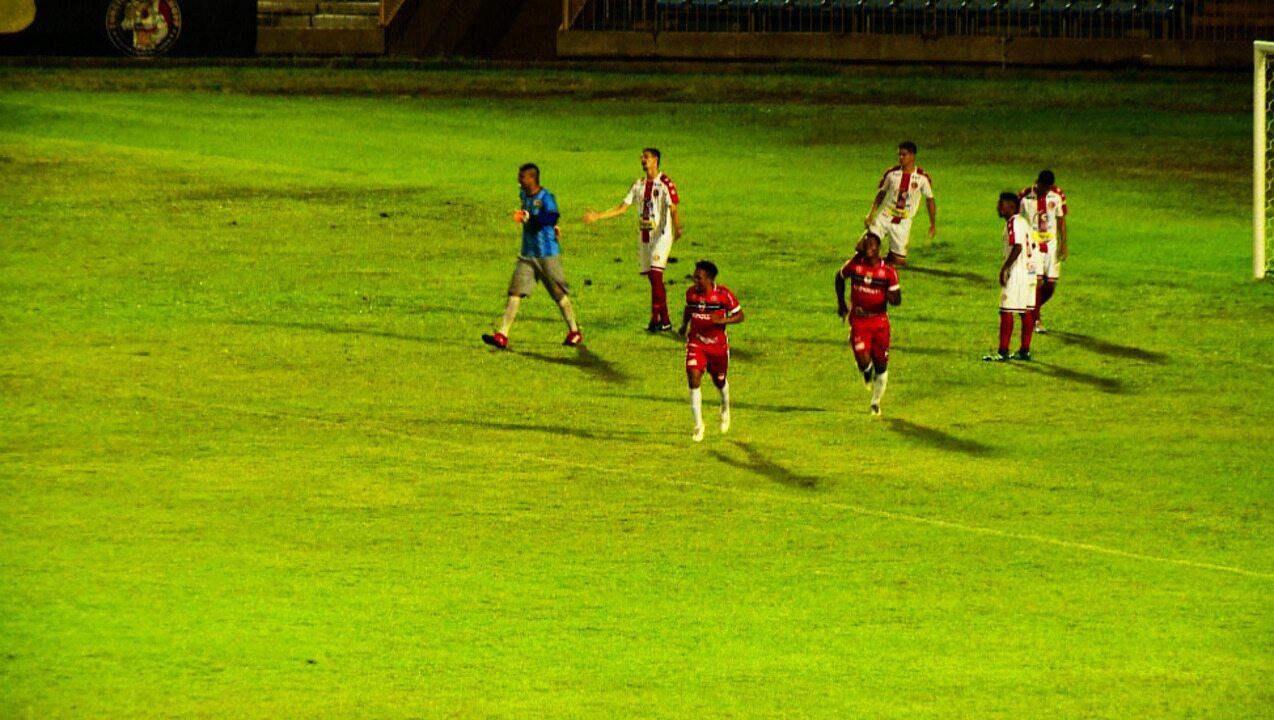 O gol de River-PI 1 x 0 4 de Julho pela primeira rodada do Campeonato Piauiense