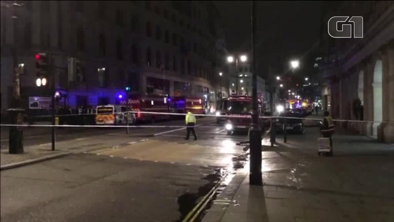 Vazamento de gás provoca fechamento de metrô e hotéis são evacuados em Londres