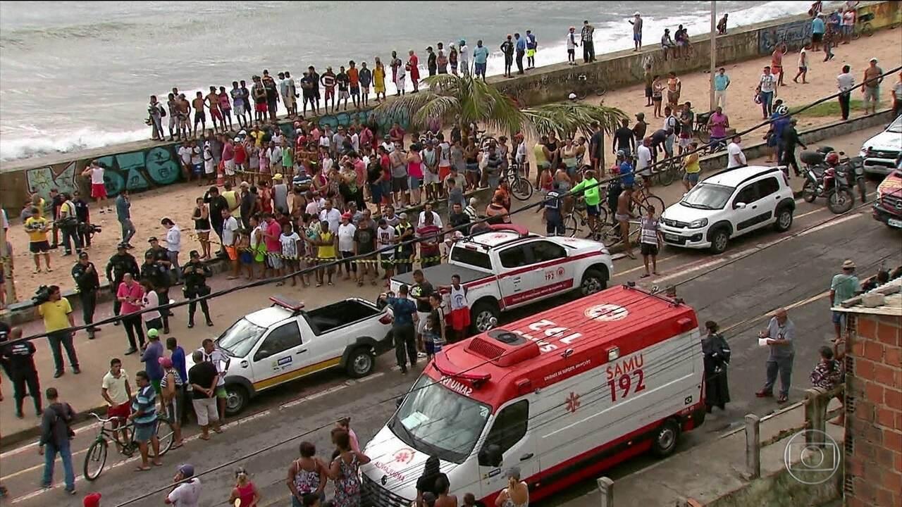 Globocop cai em praia do Recife e dois mortos e um ferido grave