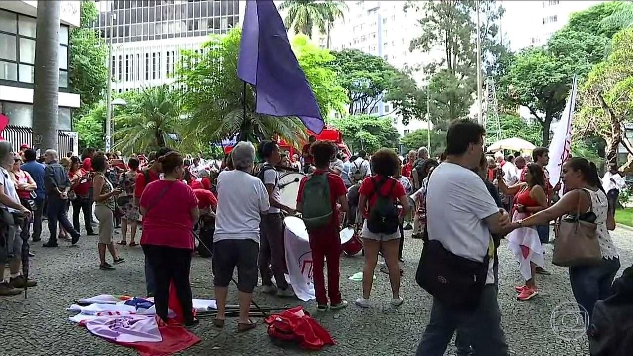 Principais cidades brasileiras têm manifestações a favor e contra Lula