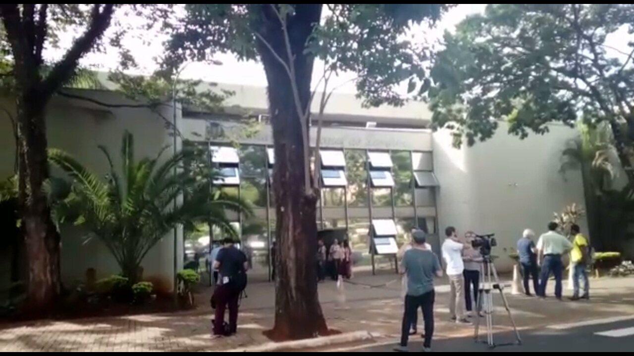 Gaeco cumpre mandados de busca e apreensão na Câmara de Vereadores de Londrina