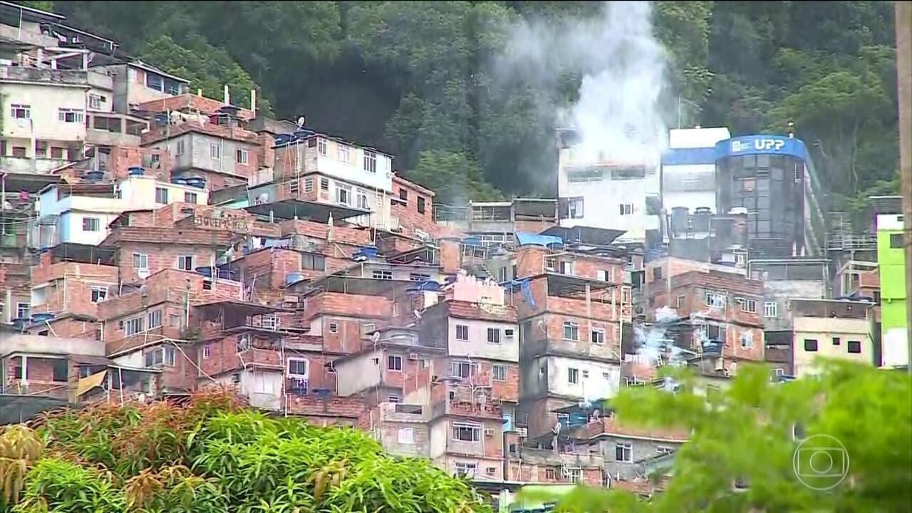 Moradores da Rocinha (RJ) enfrentam mais uma manhã de tiroteios