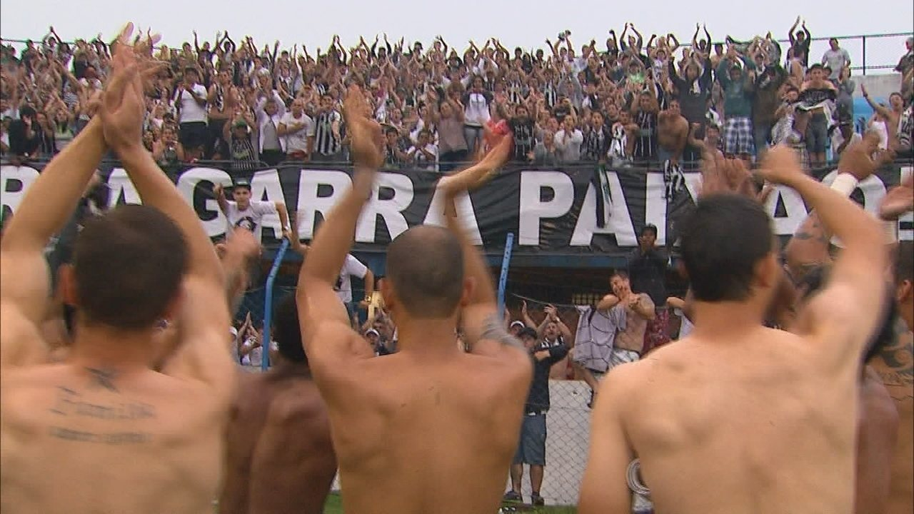 Com quatro gols no primeiro tempo, Figueirense goleia o Avaí na Ressacada