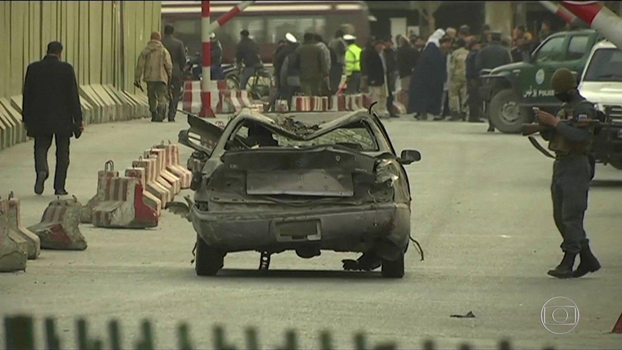 Cabul tem 95 mortos em ataque de terrorista com ambulância-bomba