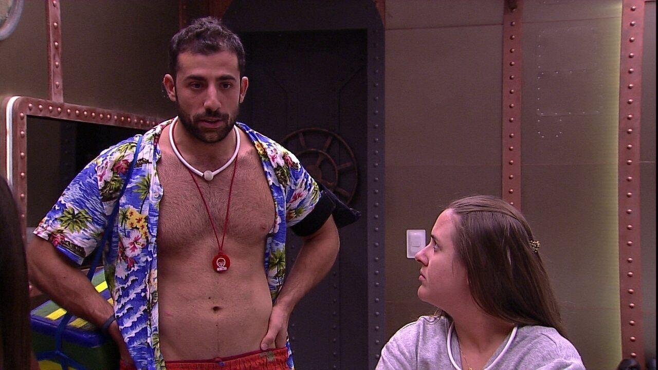 BBB18: Ana Paula assume ser bissexual e confessa: