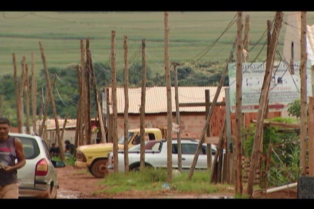 Casas são cadastradas em processo de regularização do assentamento do Glória em Uberlândia