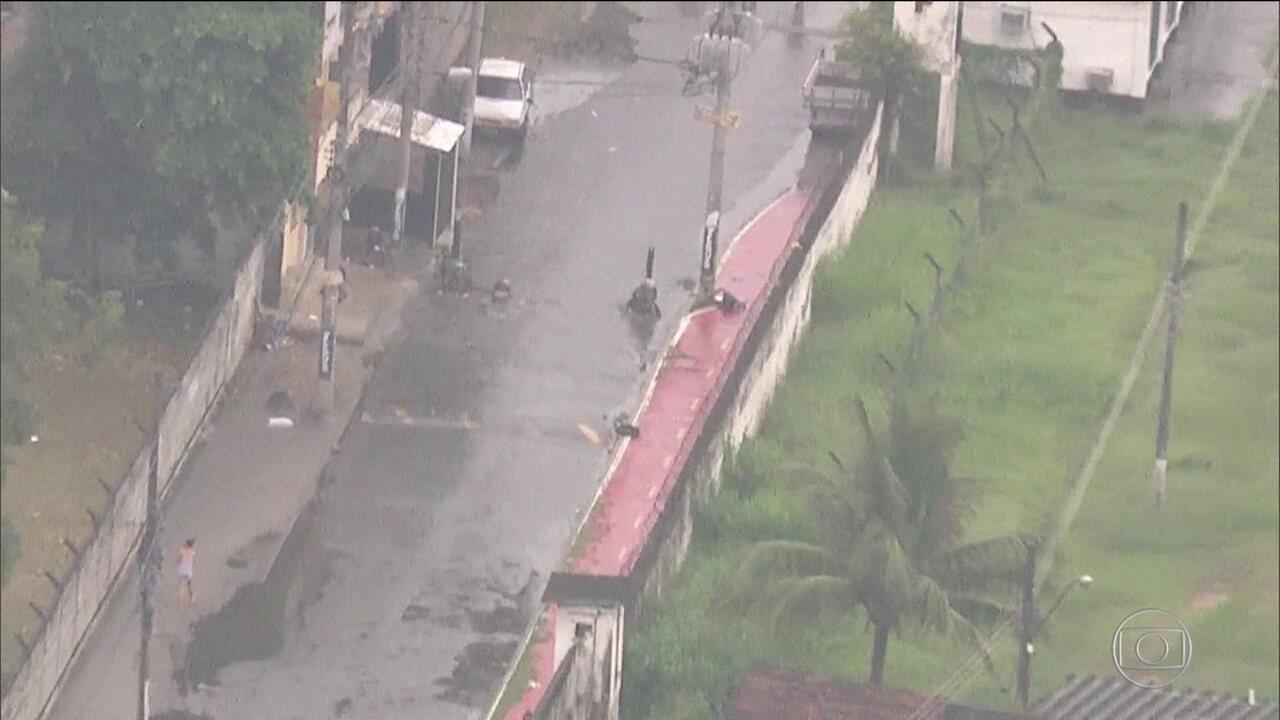 Traficantes disparam contra Centro de Instrução da Marinha no Rio
