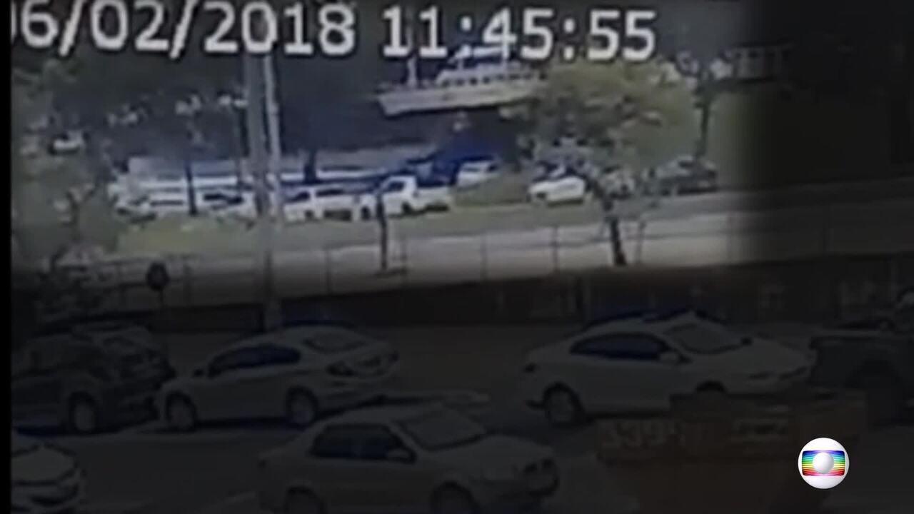 Veja vídeo exclusivo do momento exato da queda do viaduto do Eixão Sul