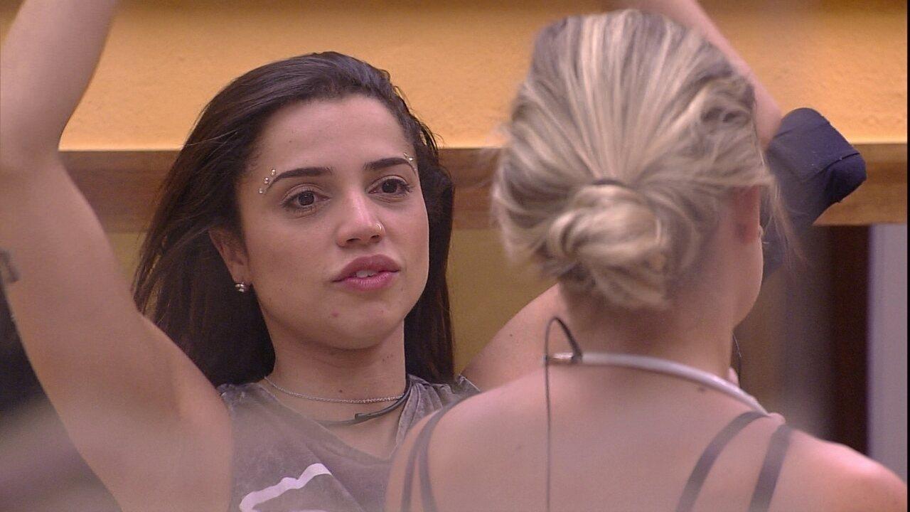 Paula diz que beijaria Breno: 'Ainda bem que sou forte'