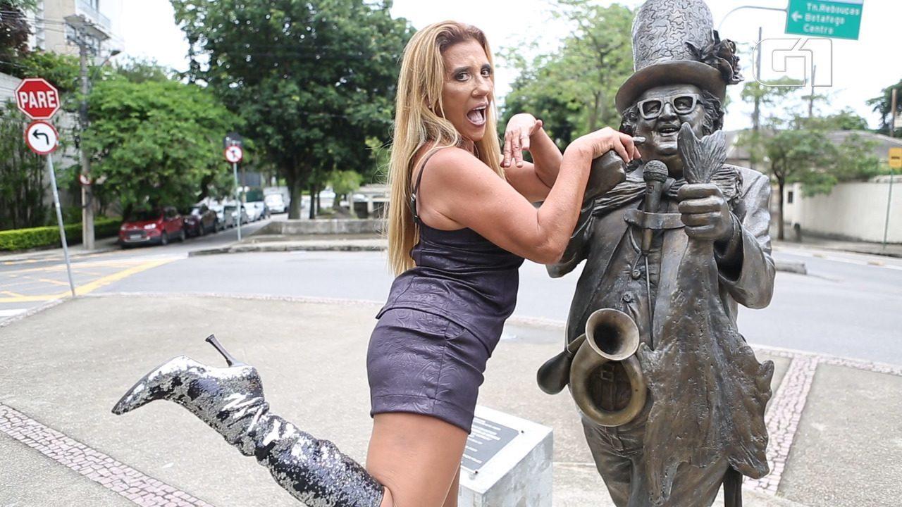 Rita Cadillac comenta desfile da Grande Rio em homenagem ao Chacrinha