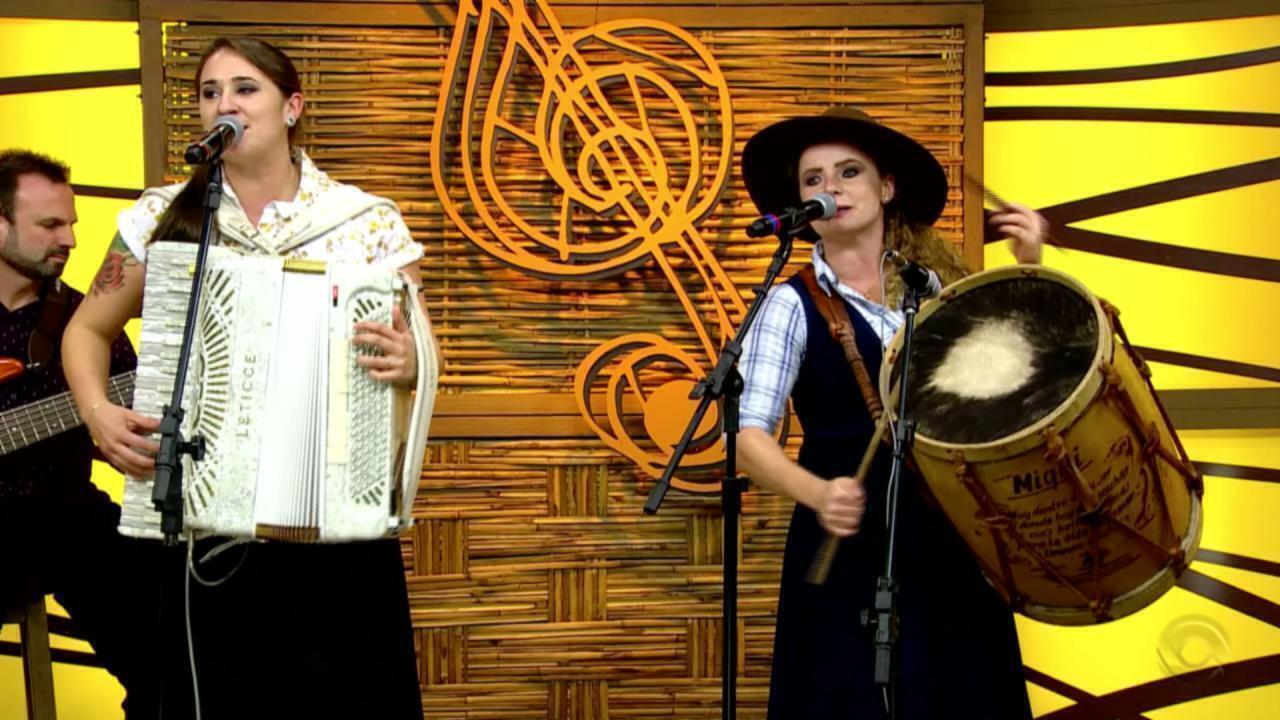 Dupla Paloma e Miqüi e Tibúrcio da Estância se apresentam no 'Galpão' (bloco 2)