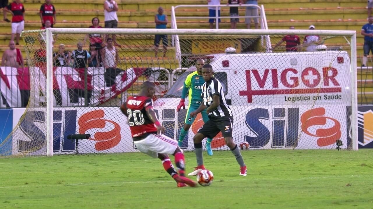 Os gols de Flamengo 3 x 1 Botafogo pela semifinais da Taça Guanabara
