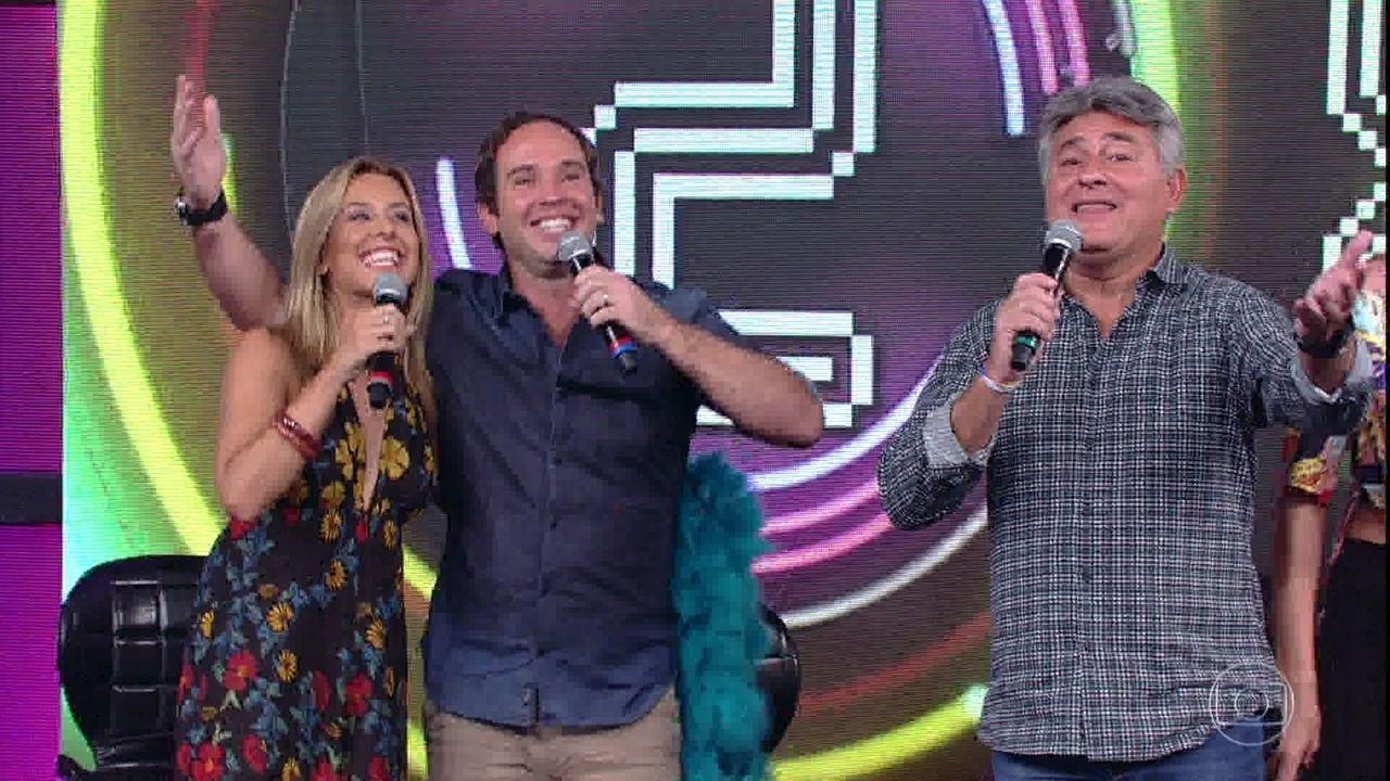 Caio Ribeiro, Cléber Machado e Cris Dias acertam a canção do Monobloco e conquistam a disputa