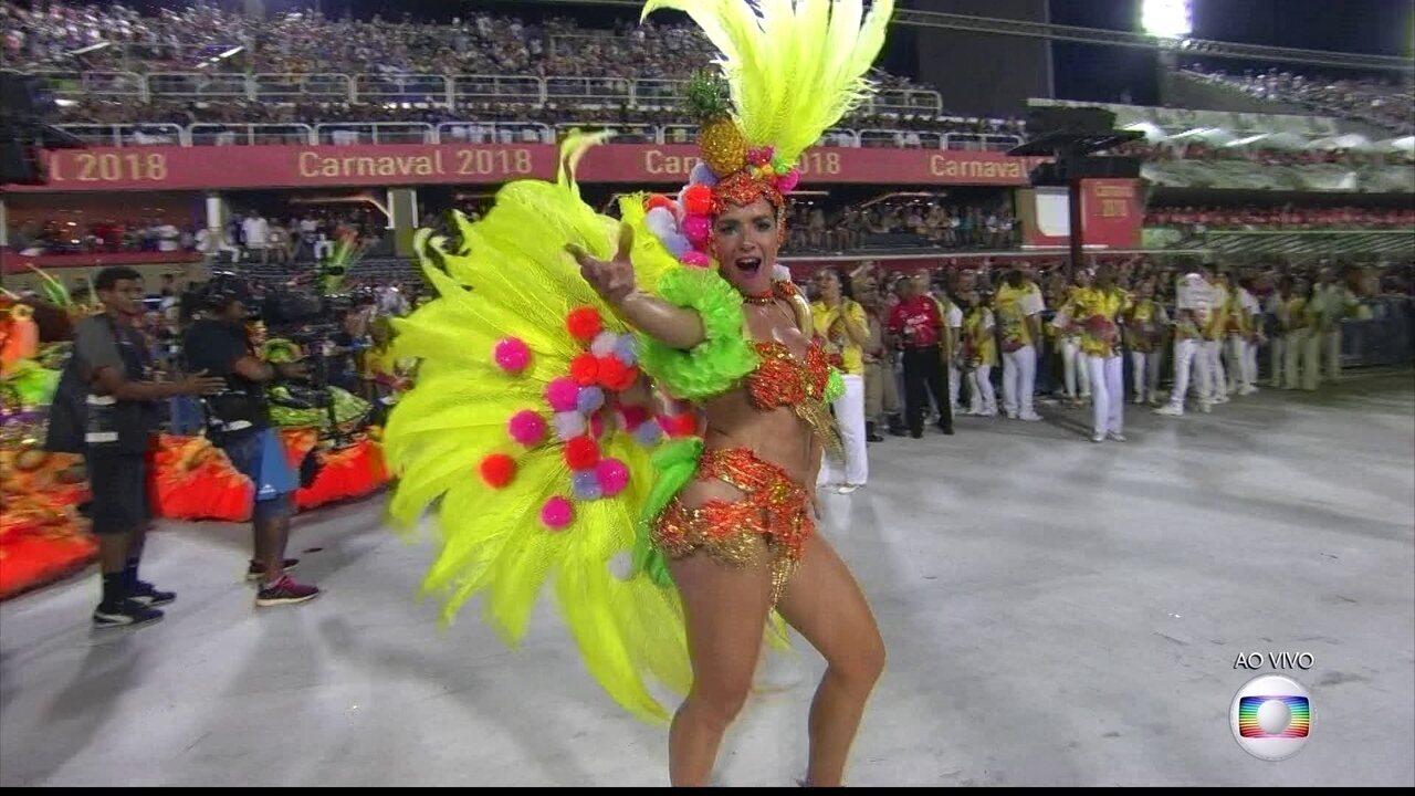 Monique Alfradique é uma das musas da Grande Rio