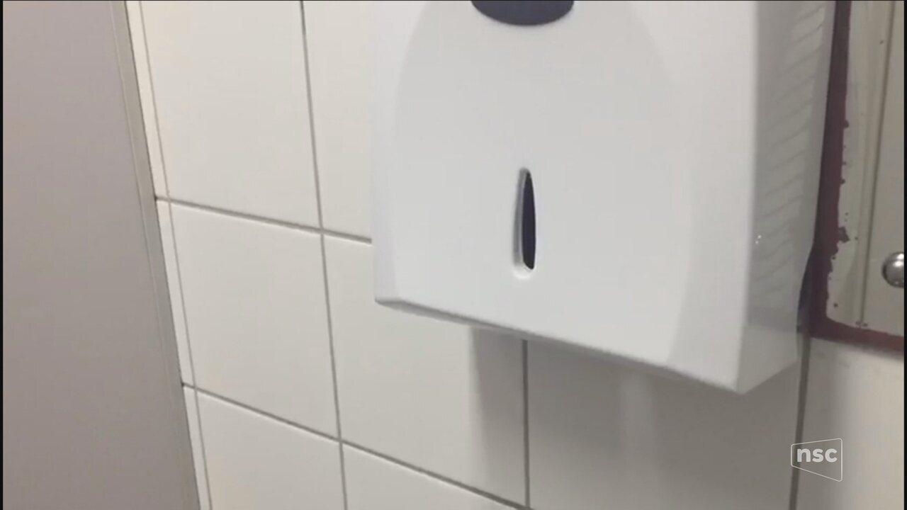 Funcionários relatam falta de materiais de higiene em unidade de saúde em Florianópolis